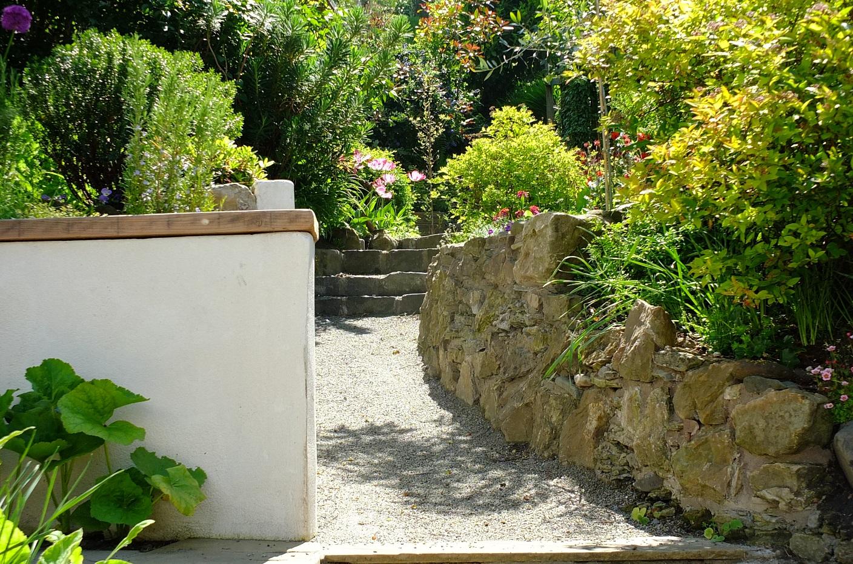 Naturalised mediterranean garden Edinburgh