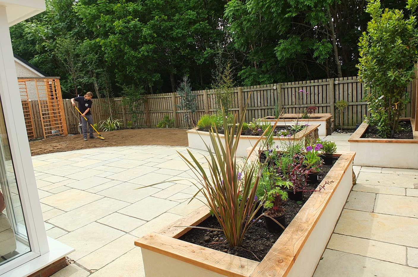 Raised beds natural stone lime render