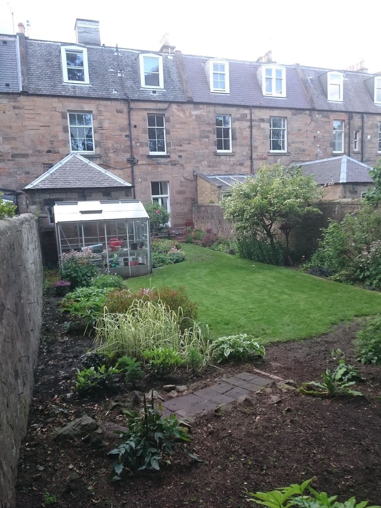 traditional Edinburgh garden before