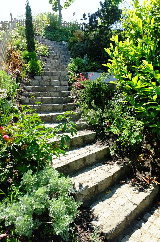 steep coastal garden Edinburgh mediterranean