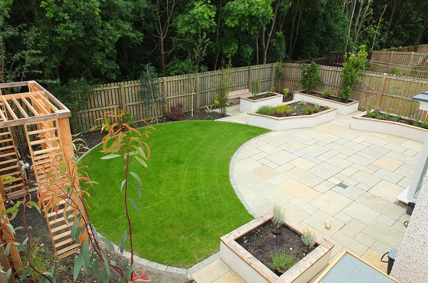 limestone patio design Edinburgh