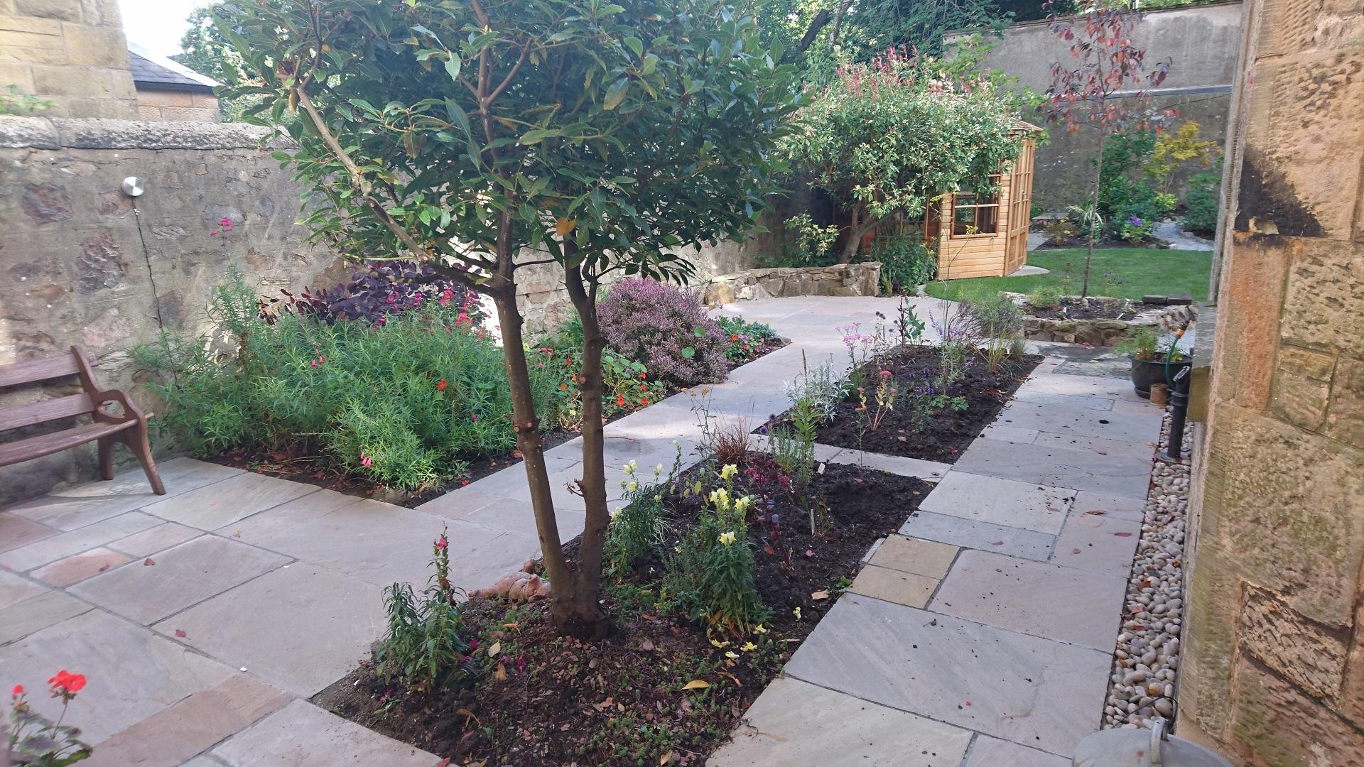garden design strathearn place Edinburgh
